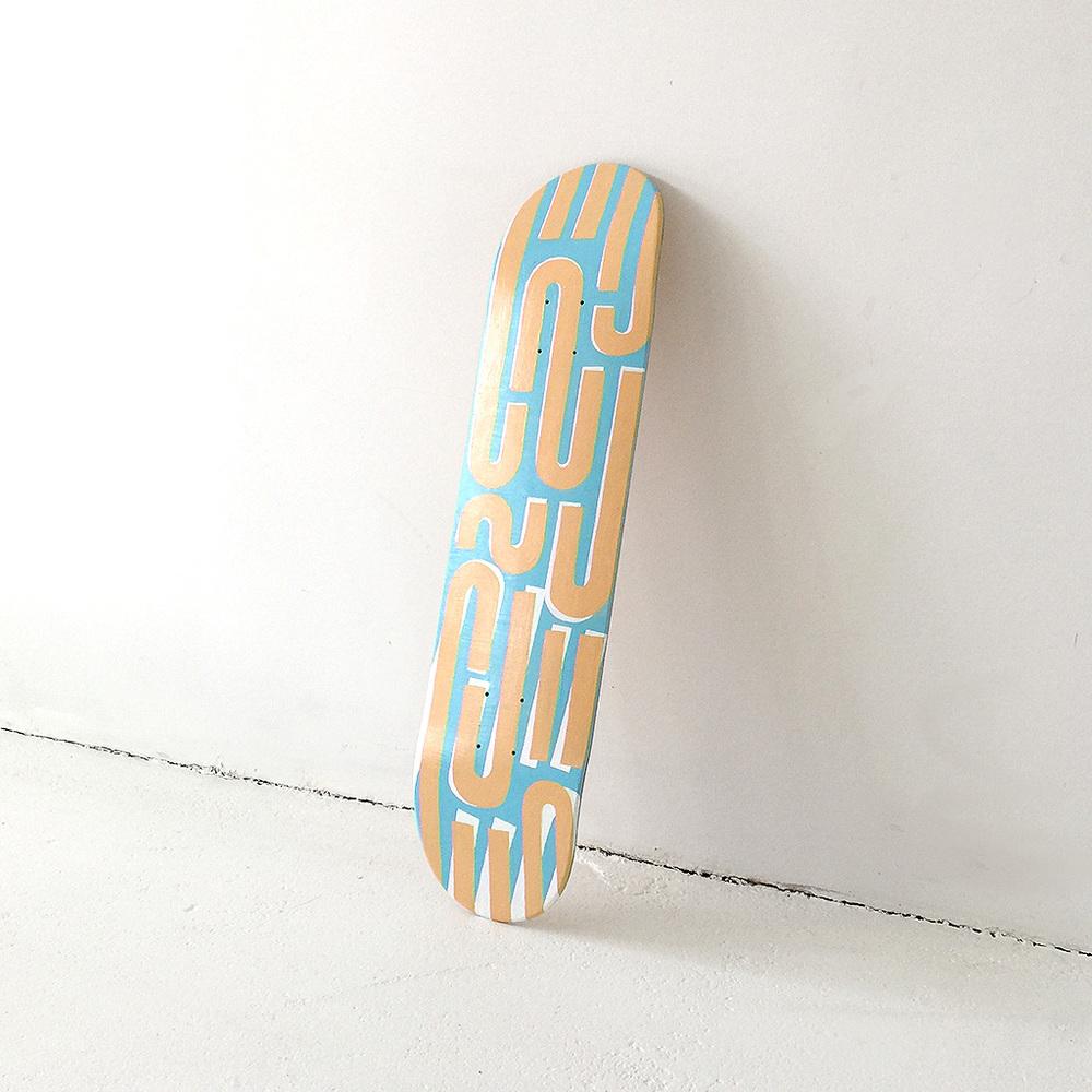 Photo 5 of Mr. Upside skateboard deck 'Tilt shift'. The art object is a custom painted skatedeck for sale by Dutch contemporary urban artist Michiel Nagtegaal / Mr. Upside.