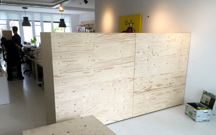 Installing of the new interior objects in Our Mr. Upside Gallery in Voorburg, The Netherlands today. New large cabinets, blocks and a textiles rack came in - Photo 3 of 10