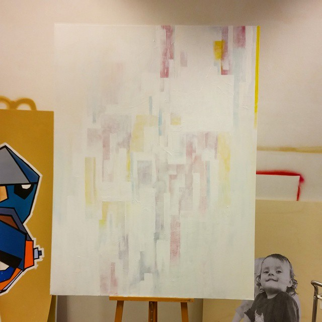 Experiment with abstract painting in the studio of Dutch artist Mr. Upside