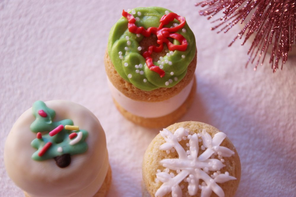 decorated sugar cookies - sugar cookie & strawberry with holiday frosting