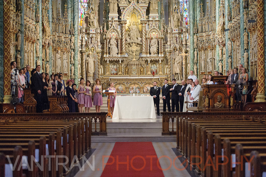 wedding at notre-dame cathedral basilica