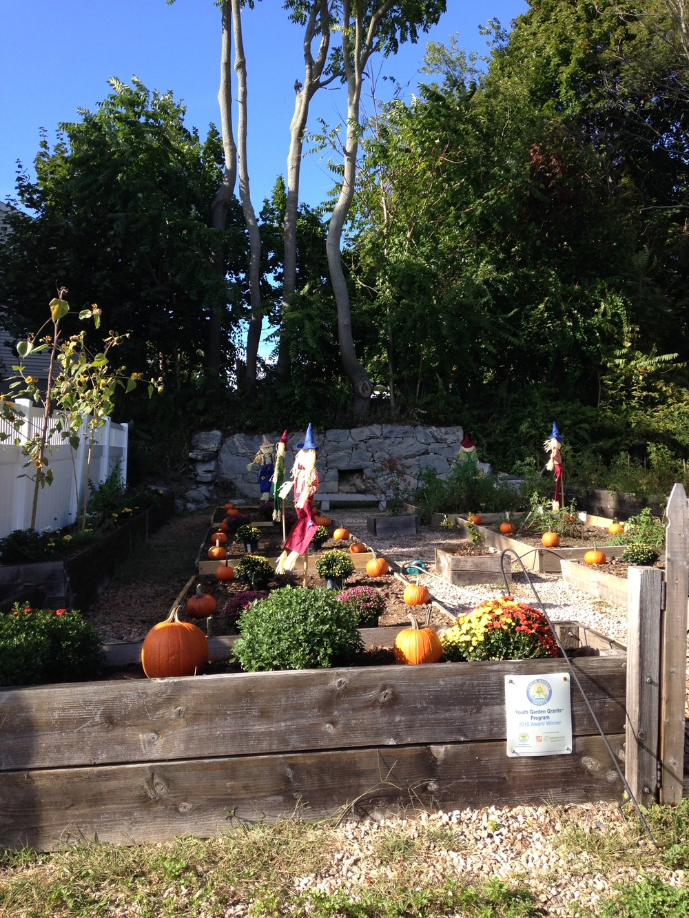 RiverfrontChildrensCenter_Garden.jpg