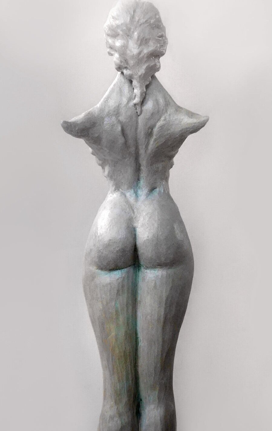 Anne Lebreton Launes Figure de proue dos 2.jpg