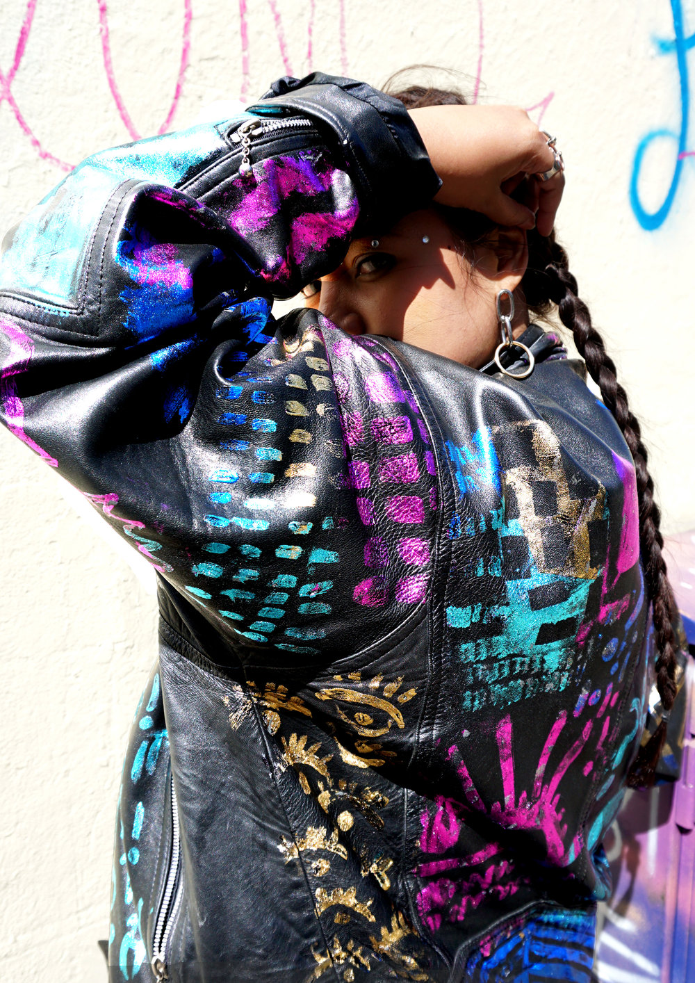 FS 6 NEONOMORA in her custom GLOBELLE by Nelly Rose Jacket .jpg