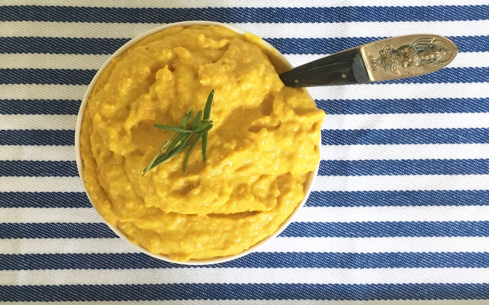 Love the anti-inflammatory benefits of turmeric combined with a protein packed dip