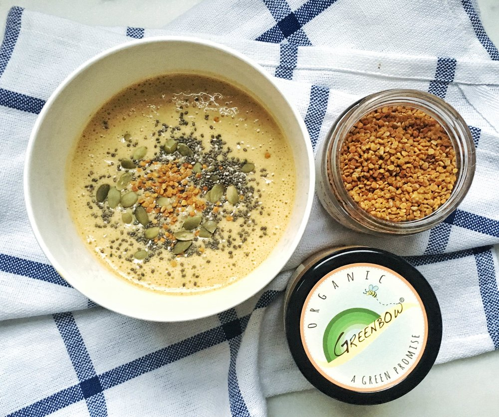 Love adding Greenow Bee Pollen and Turmeric Honey to smoothie bowls for extra protein and immunity
