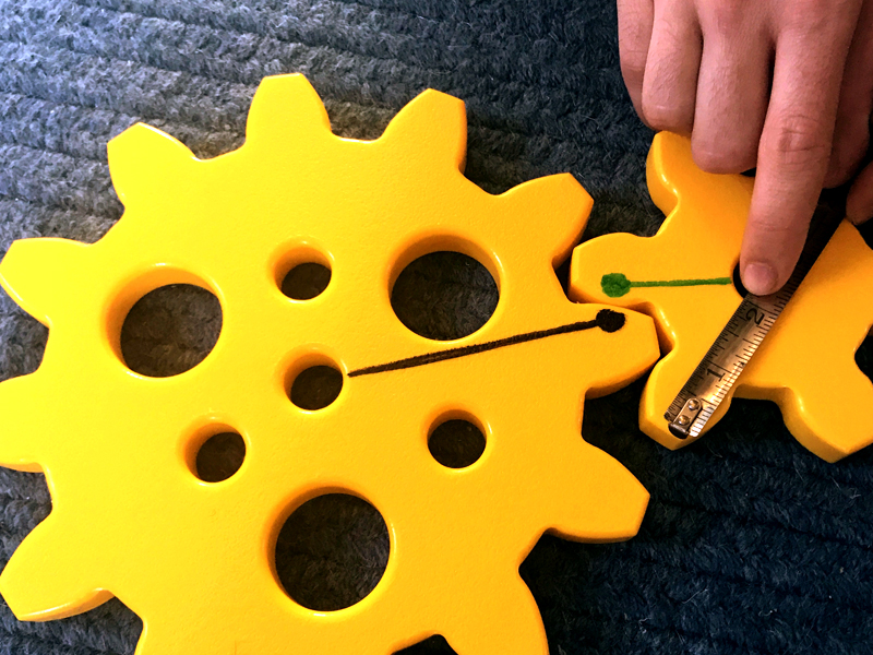 Measuring unequal gear.