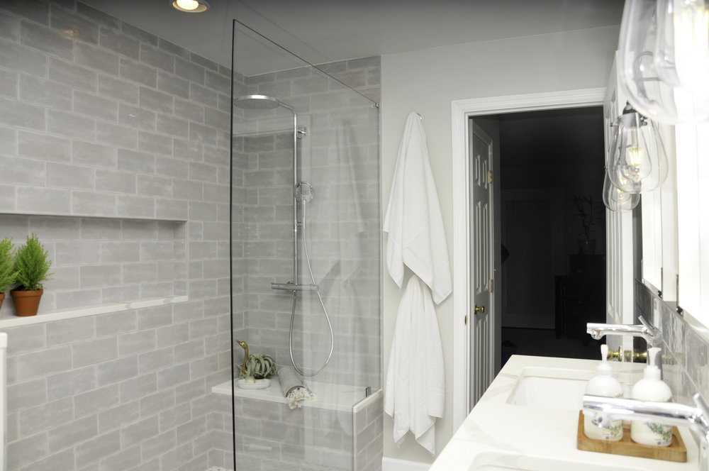 Another view into the shower from the opposite side of the vanity. {Photograph by Brooke Mullins Photography}