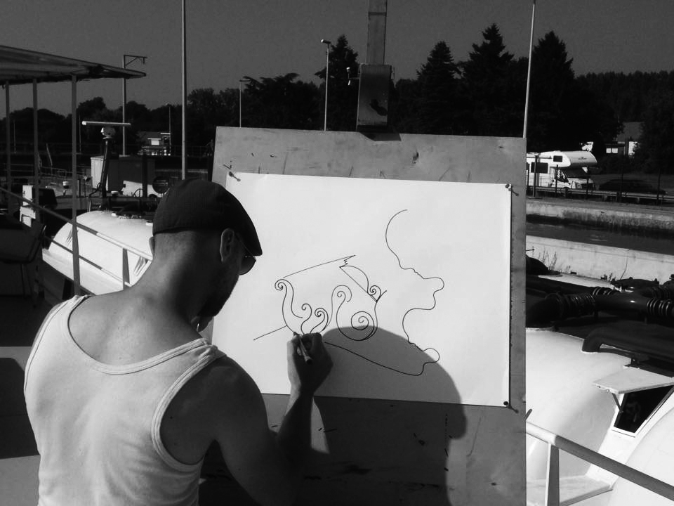 KENISMAN live drawing performance Antwerp belgium boat