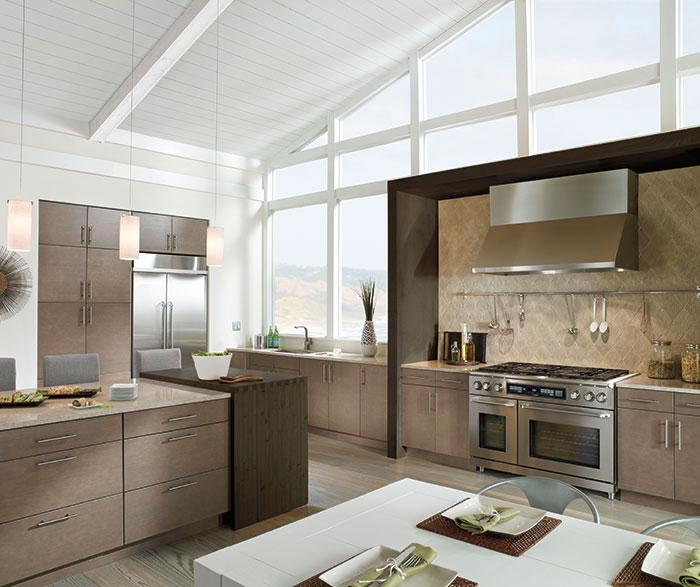 light_grey_kitchen_cabinets_in_white_oak.jpg