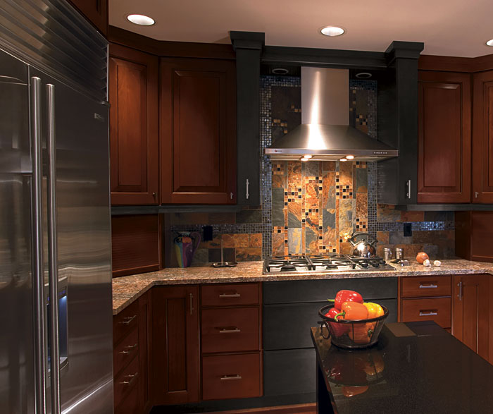cherry_wood_kitchen_with_charcoal_maple_accents.jpg