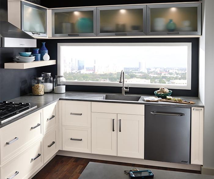 off_white_kitchen_cabinets.jpg