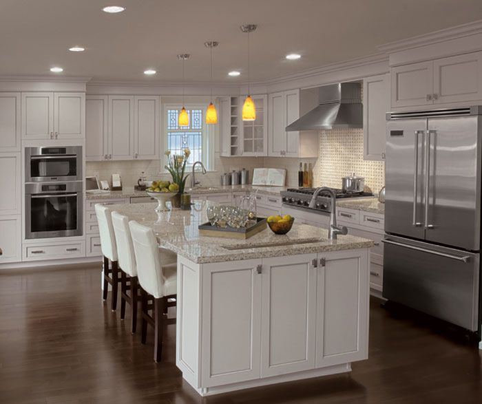 painted_kitchen_cabinets_in_alabaster_finish.jpg