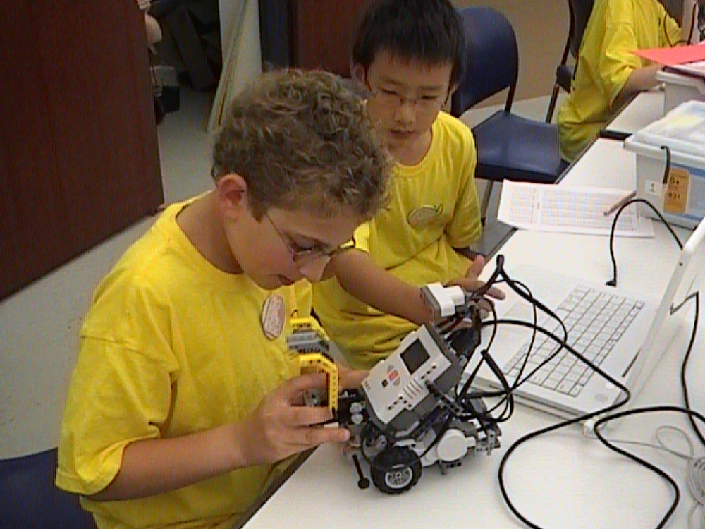 LEGO Robotics CHESS 2008-17.jpg