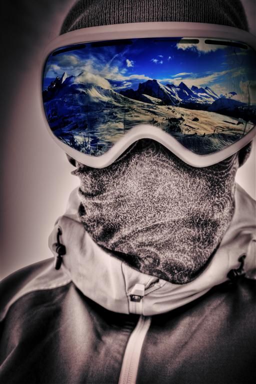 EXTREME SPORTS<a href=/action-sports-influencers>→</a><strong>120M FANS</strong>