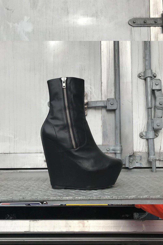 sean-black-product.jpg