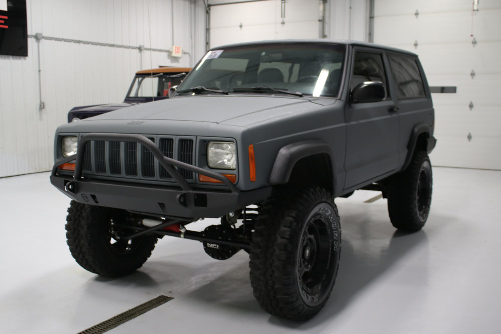 1998 2 Door 5 speed XJ- Click to view build