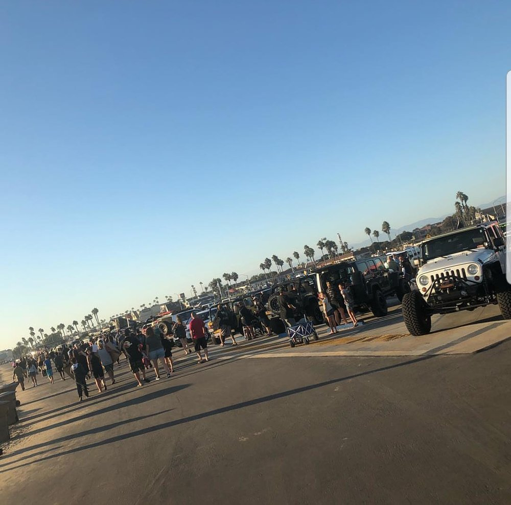nice shot shared of the crowd enjoying the showcase of Jeeps