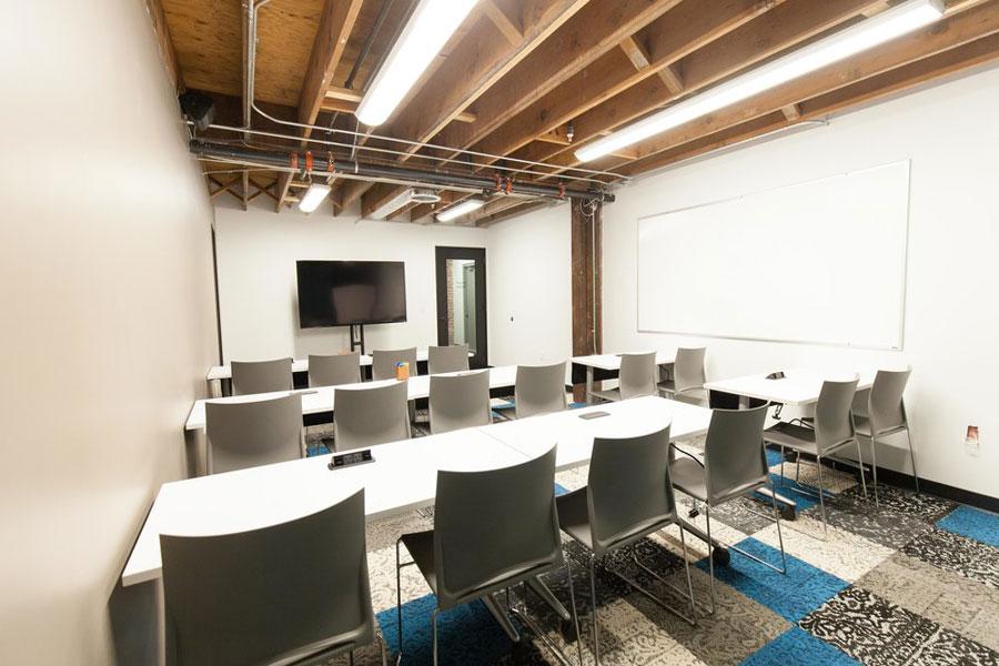 classroom32.jpg