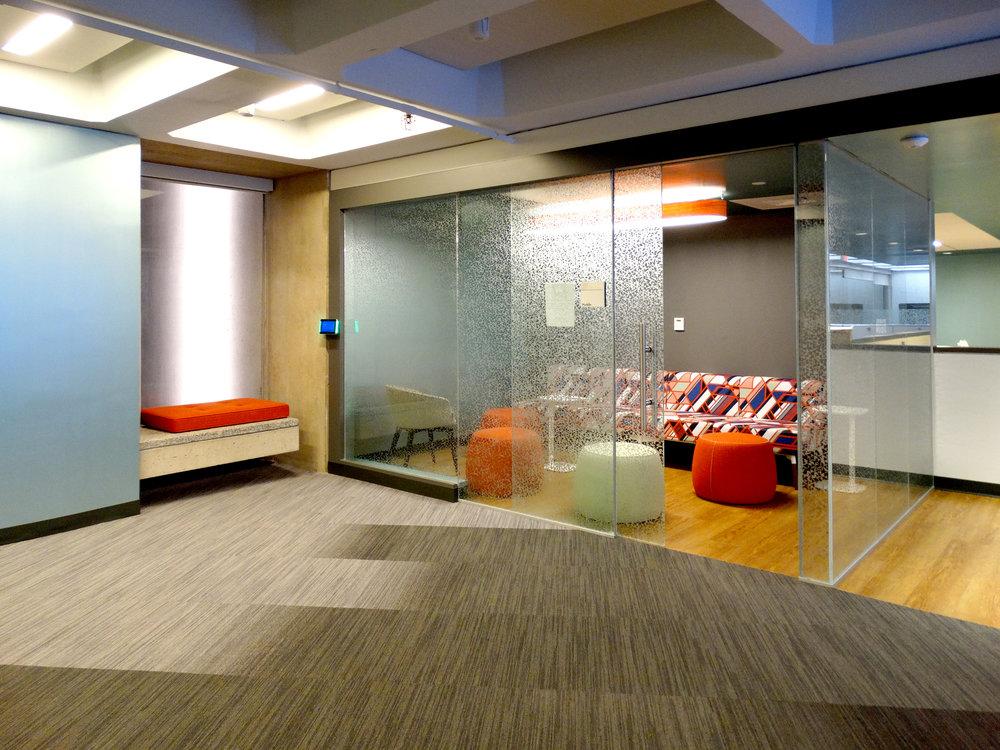 Illume Huddle Room Frameless Glass Sliding Door - Spaceworks AI.jpg