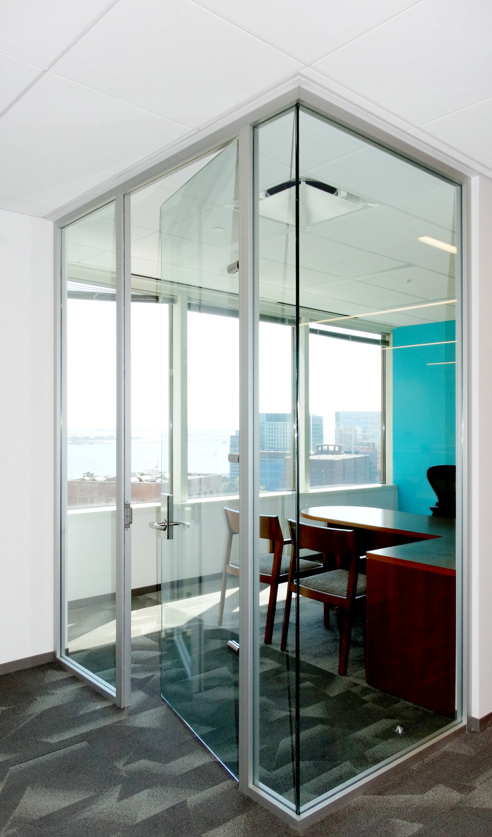 Litespace Glass Corner No Mullion - Spaceworks AI.jpg