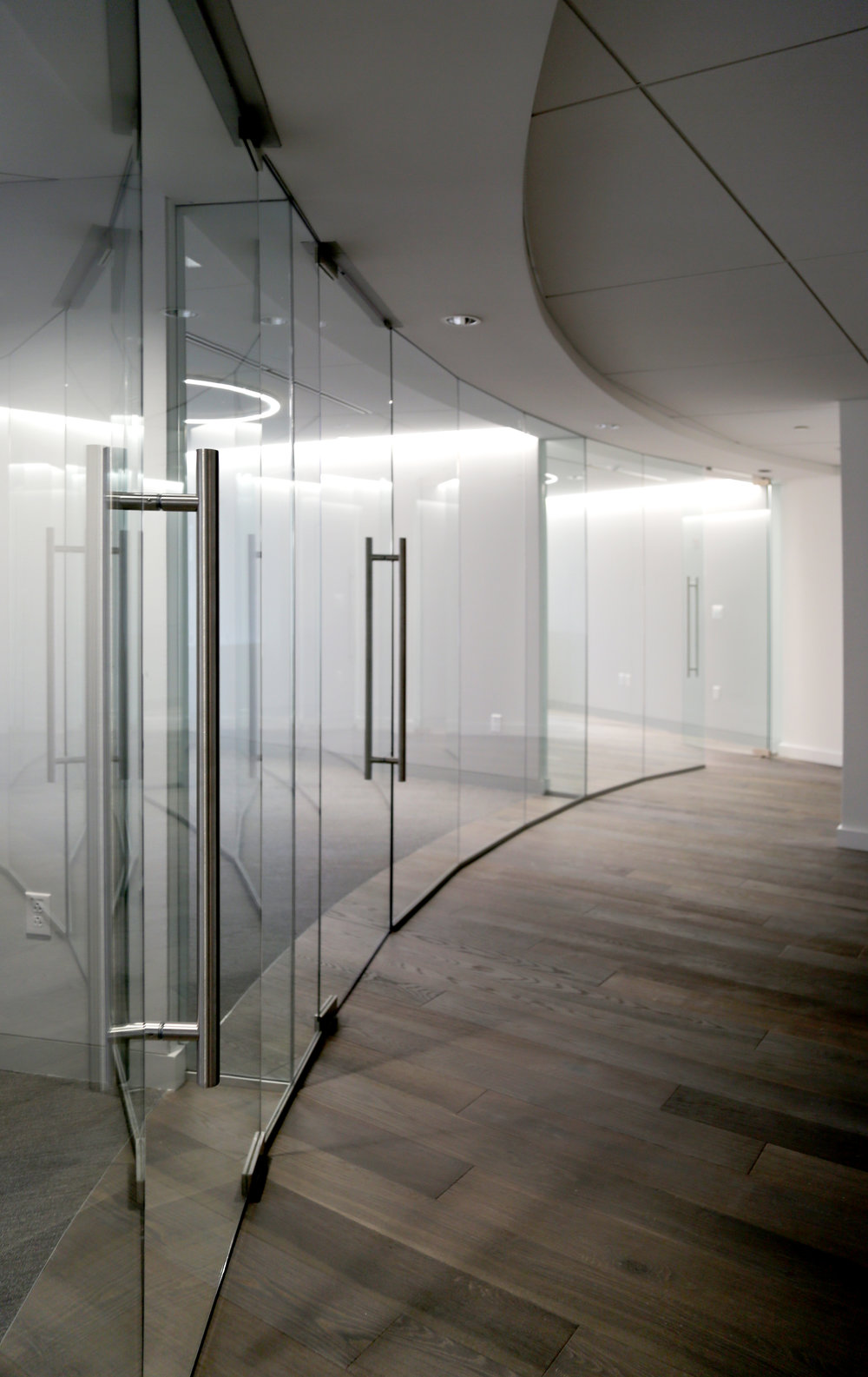 Illume Frameless Glass Conference - Spaceworks AI.jpg