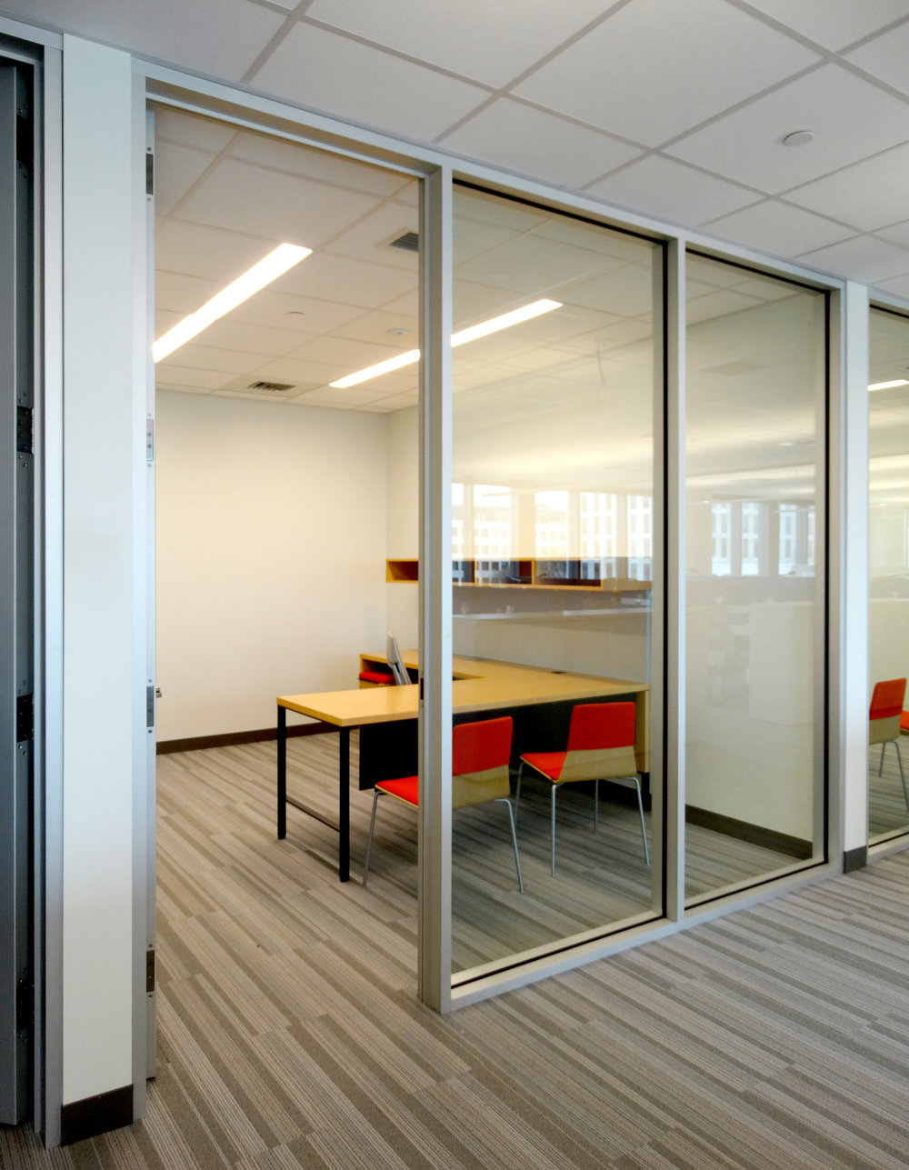 Encase Clear Anodized Aluminum Framed Glass Office Front Wall - Spaceworks AI.jpg