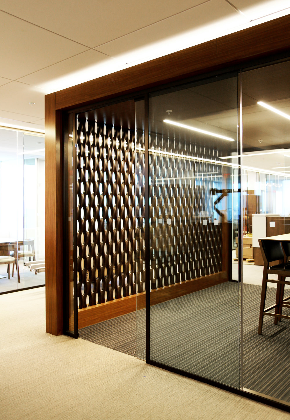 Modernus Glass Millwork Conference Area - Spaceworks AI.jpg