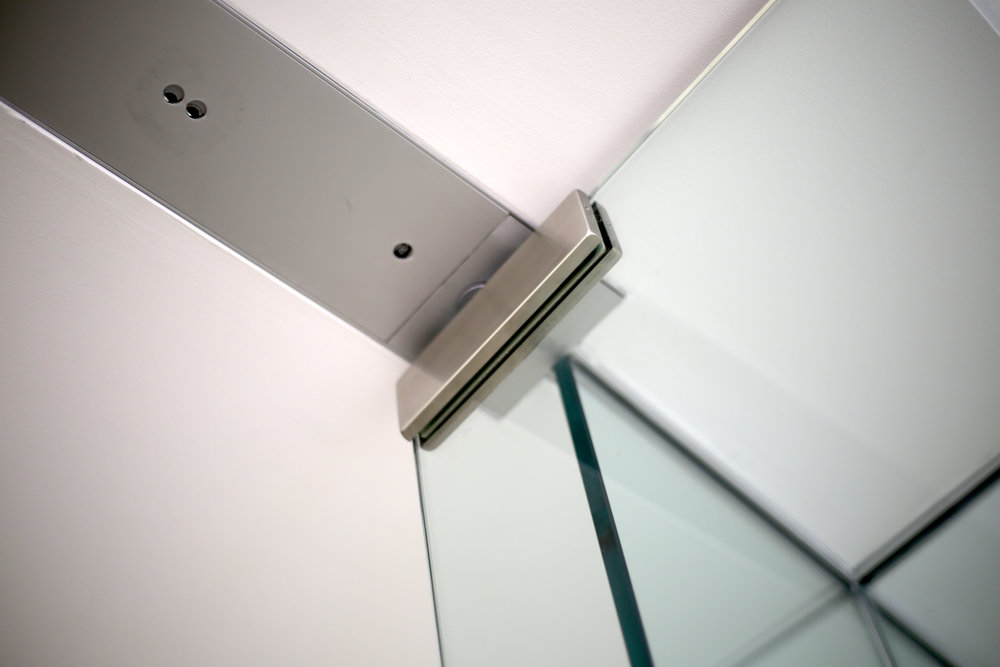Illume Frameless Glass Door Header Tube - Spaceworks AI.jpg