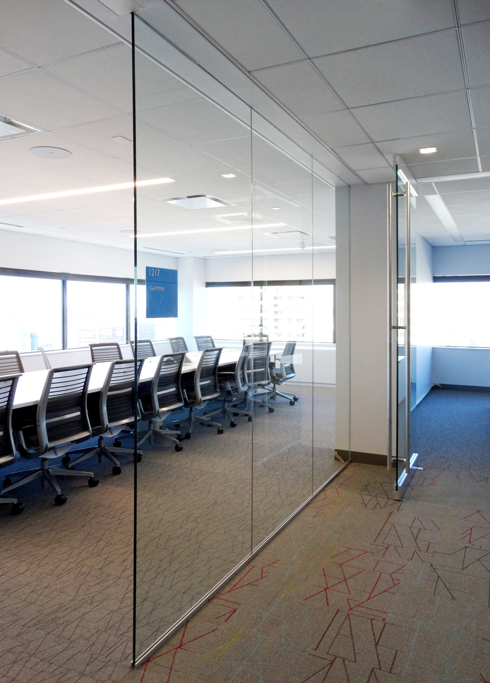 Illume Frameless Glass Conference Wall - Spaceworks AI.jpg