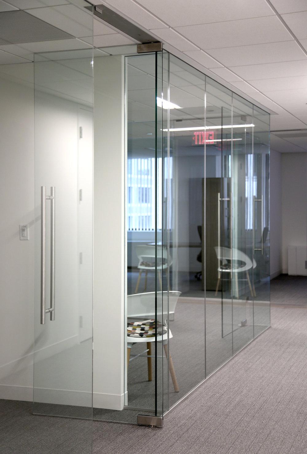 Illume Frameless Glass Office Patch Fitting Door - Spaceworks AI.jpg