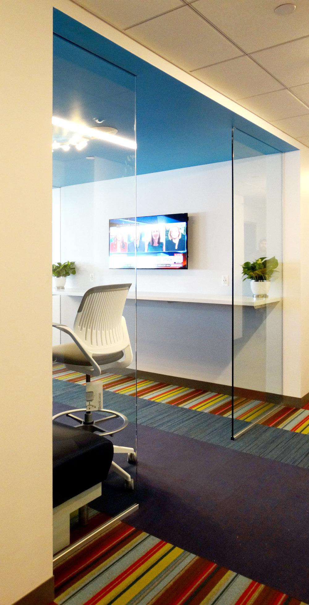 Illume Frameless Glass Reception Entry Area - Spaceworks AI.jpg
