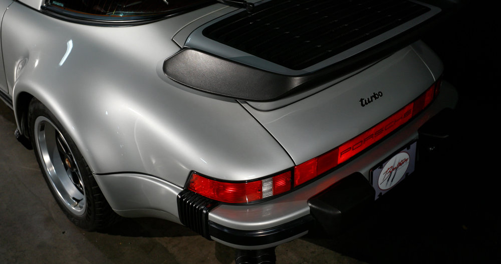 930 Turbo Tail.jpg