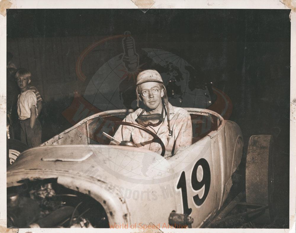 JG.04.A - Jack Greiner's first race, Salem Hollywood Bowl 1950