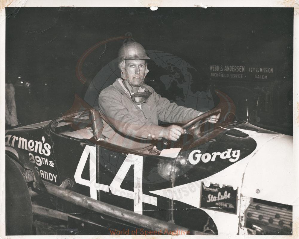 JG.03.A Howard Osborne, Salem Hollywood Bowl 1950