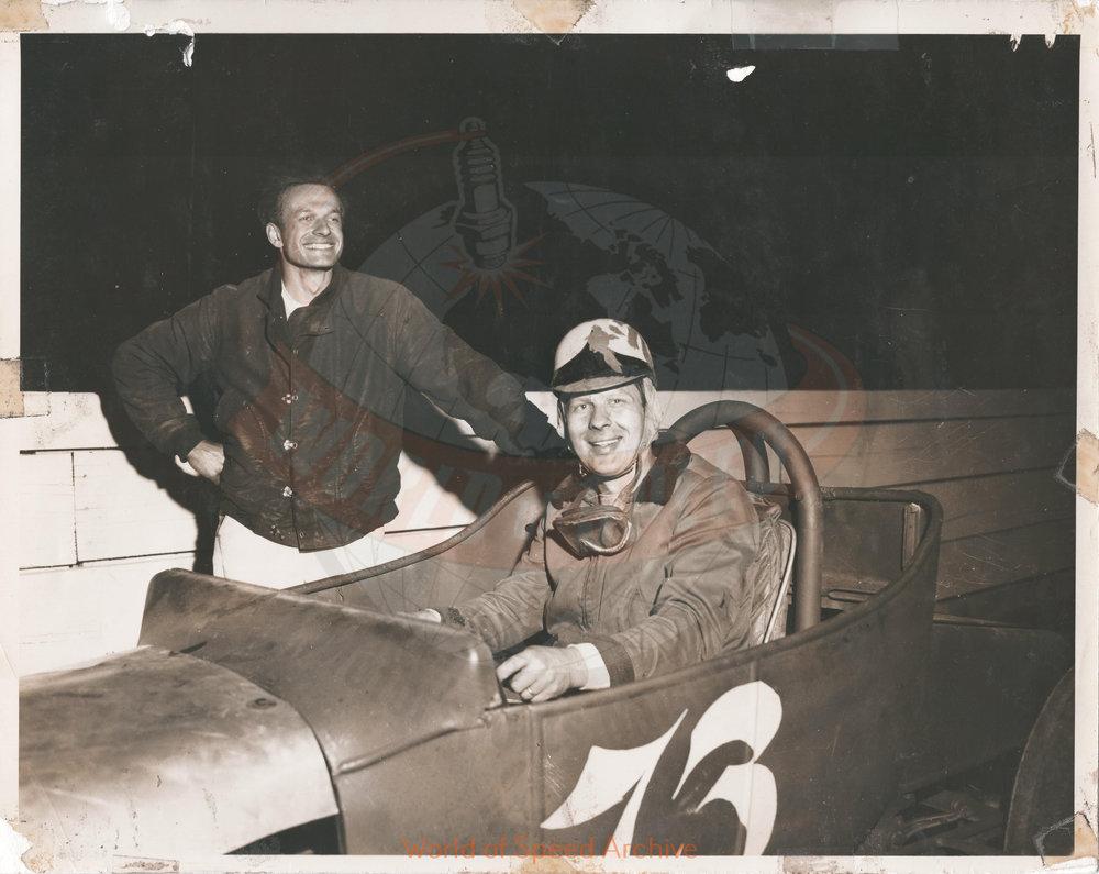 JG.09.A - Max Hunn (driver) and Don Waters (car owner), Salem Hollywood Bowl 1950