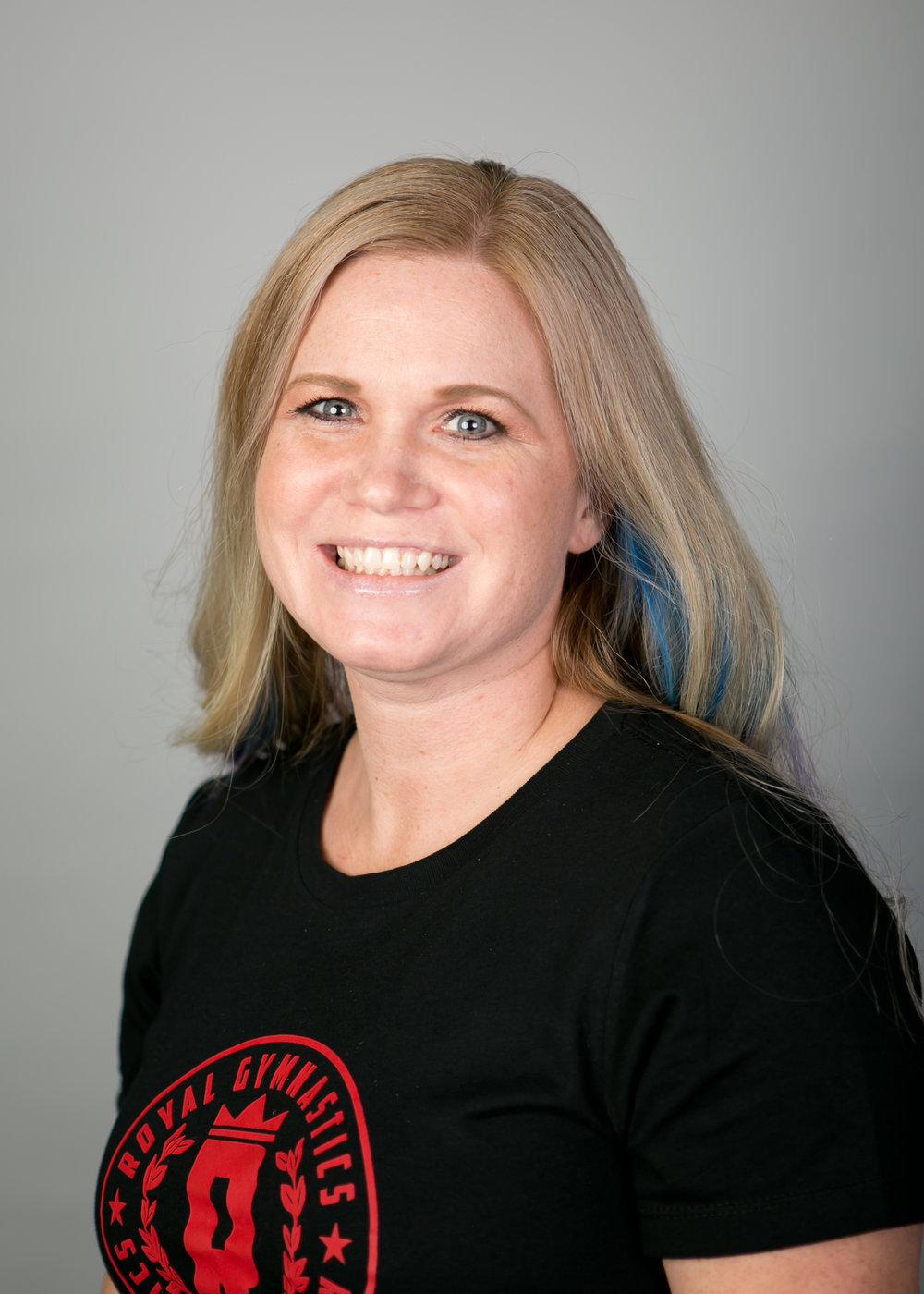 Coach Sara Pre-development team, Compulsory Team Coach