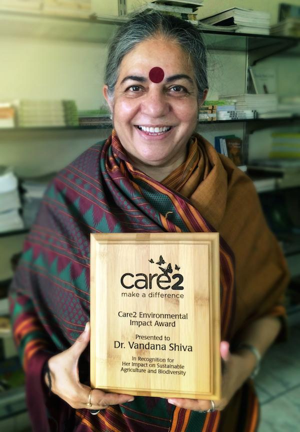 Vandana Shiva - 2015.jpg