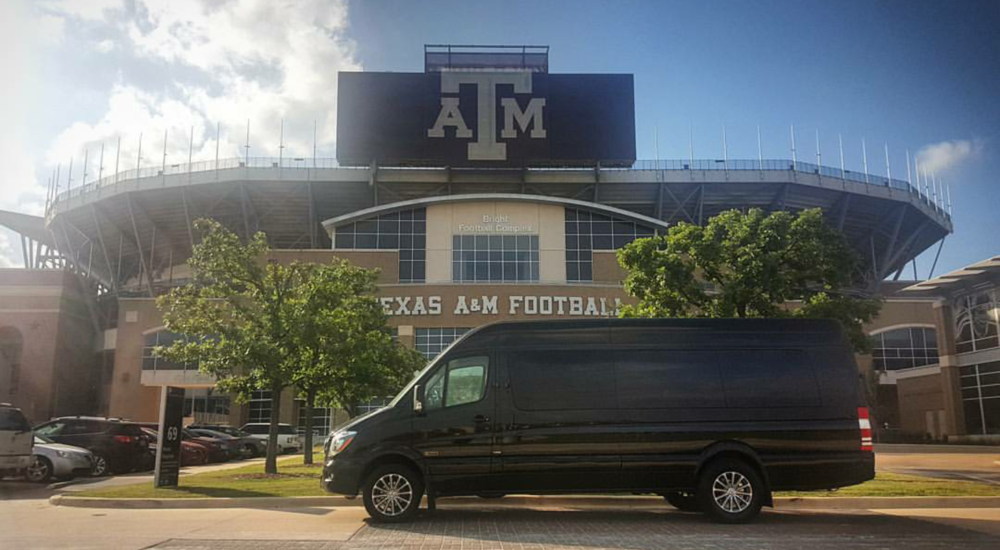 Exec Lounge Tailgater On Location In College Station