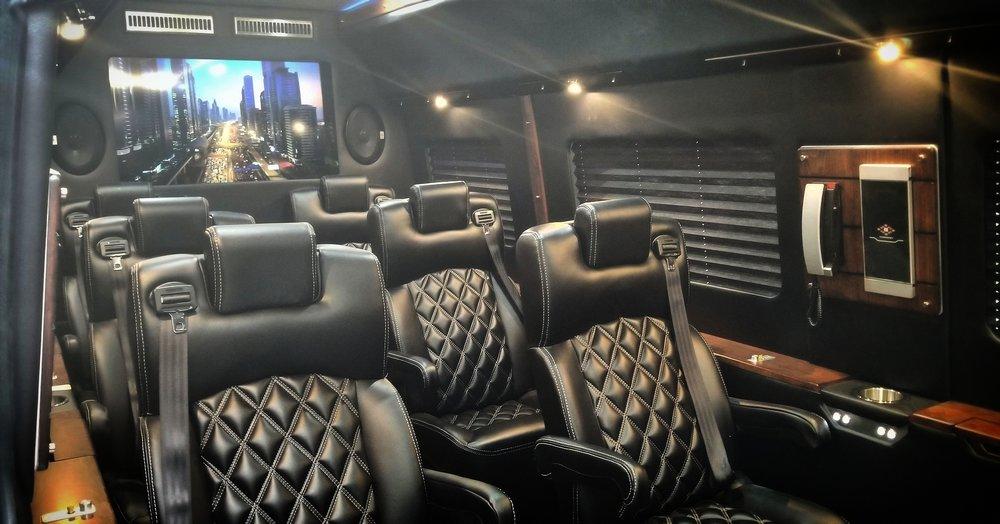 Exec Lounge Floor Corporate Cruiser Plan D