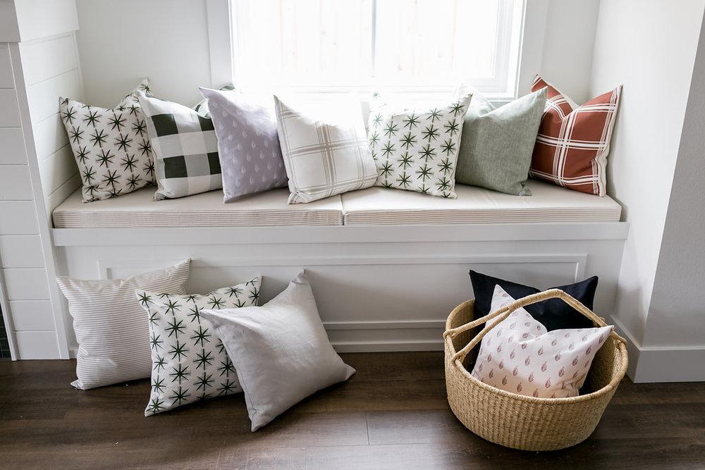 Spring18-Pillows-59.jpg