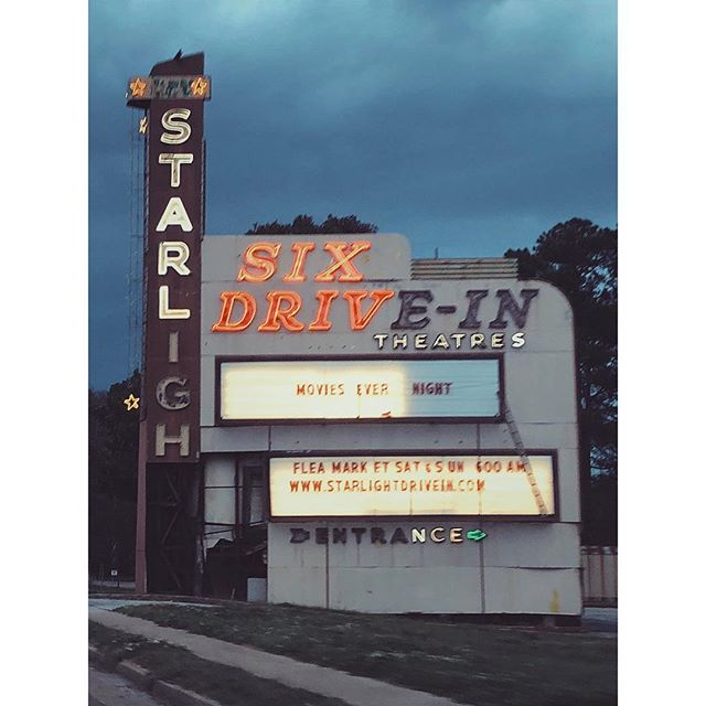 day 41 of 40 twinkle of starligh . . . .  #starligh #magicalyesteryear #movies #driveinmovie #drivethru #atlanta #makingmovies #atlanta #setlife #vsco #vscocam #georgia #filmgeorgia #traveljob