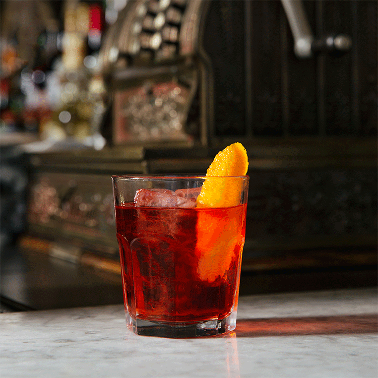 EditorialCocktails_2x_0037_Negroni_Gallery3X_0033_MGP_3762.png.png