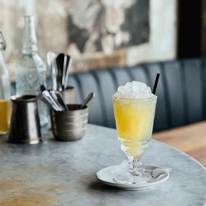 EditorialCocktails_2x_0013_Absinthe_Frappe_Gallery3X.png.jpg