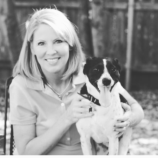 Have you ever wondered what it would be like to handle 60,000 appointments in one year? @parkcitiespetsitter does just that! Check out how Joette White has built up her impressive business through strategic acquisitions and a true passion for pets and people. @joette.white thank you for being on our Handling Business Podcast! Listen to the episode anywhere you love to listen to podcasts! SoundCloud, App Store Podcasts or Google Play! #businesspodcast #entrepreneuronfire #handlingbusiness #petcare #petsitter #dogwalker #petcarebusiness