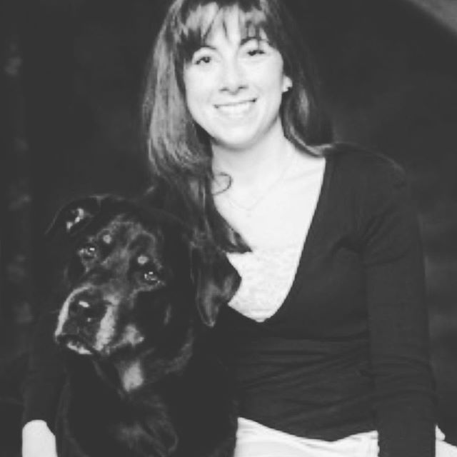 Have you ever thought about becoming a dog trainer? On this week's episode of Handling Business we talk to Kim Sauer of @sitnstaypetservices about what it takes to become a dog trainer and manage a team of 30 pet sitters. Listen to the episode on SoundCloud, Google Play or iTunes. @sauer2272 thank you for being on the show! #entrepreneur #petcare #dogtrainer #handlingbusinesspodcast #handlingbusinesslikeaboss #petsitter #podcast #businesspodcast #businessinspo