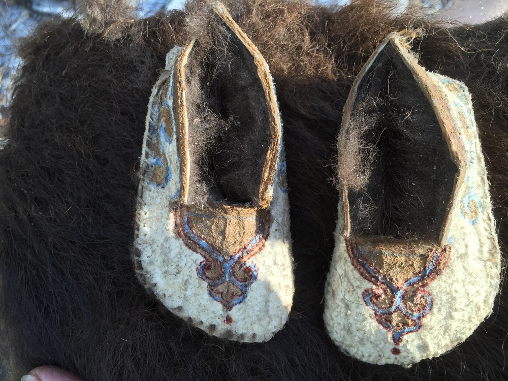 Hand Painted Buffalo Skin Baby Moccasins