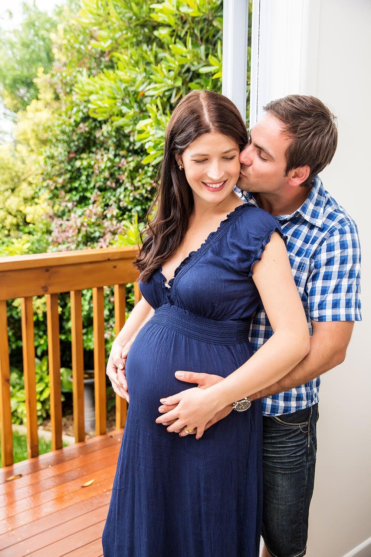 pregnant_love.jpg