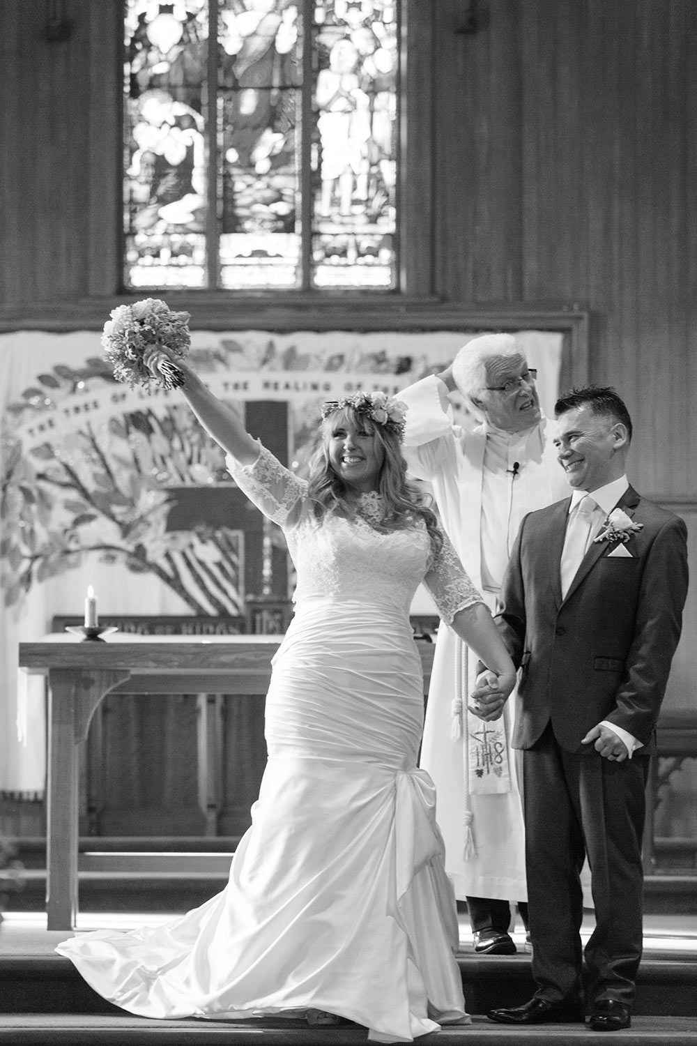 Auckland Wedding Photographer, Okahu, St Georges church (13).jpg