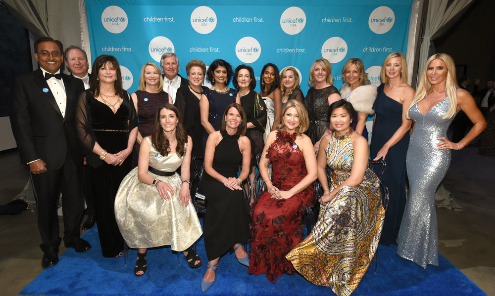 Members of the UNICEF Gala Chicago Committee and Midwest Regional Board at the 2018 Gala. Photo Credit: Daniel Boczarski/Getty Images for UNICEF